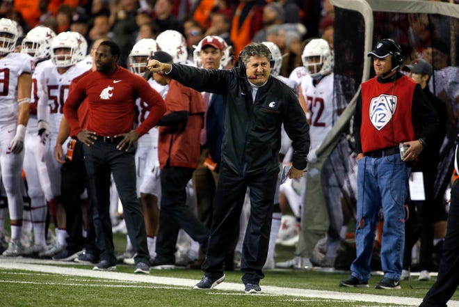 """Washington State coach Mike Leach has a fan in his Stanford counterpart, David Shaw. """"What Mike Leach has done in the last three years has been undersold nationally,"""" Shaw said."""
