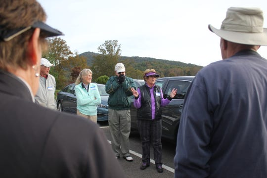 Black Mountain alderman Maggie Tuttle gives final instructions on Oct. 23 before a tournament supporting the care of the town's goose dog Calvin.