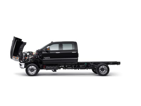 """The 2019 Chevy Silverado 4500 has a front-hinged """"clamshell"""" hood and big wheel wells to improve access for service."""