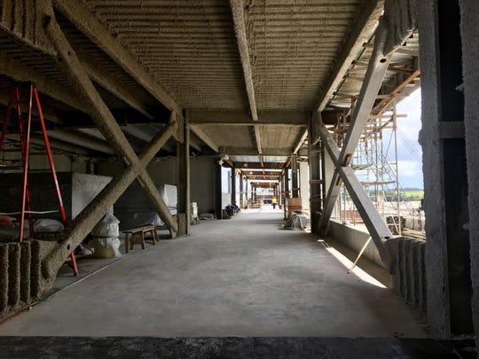 New international arrivals corridor under construction