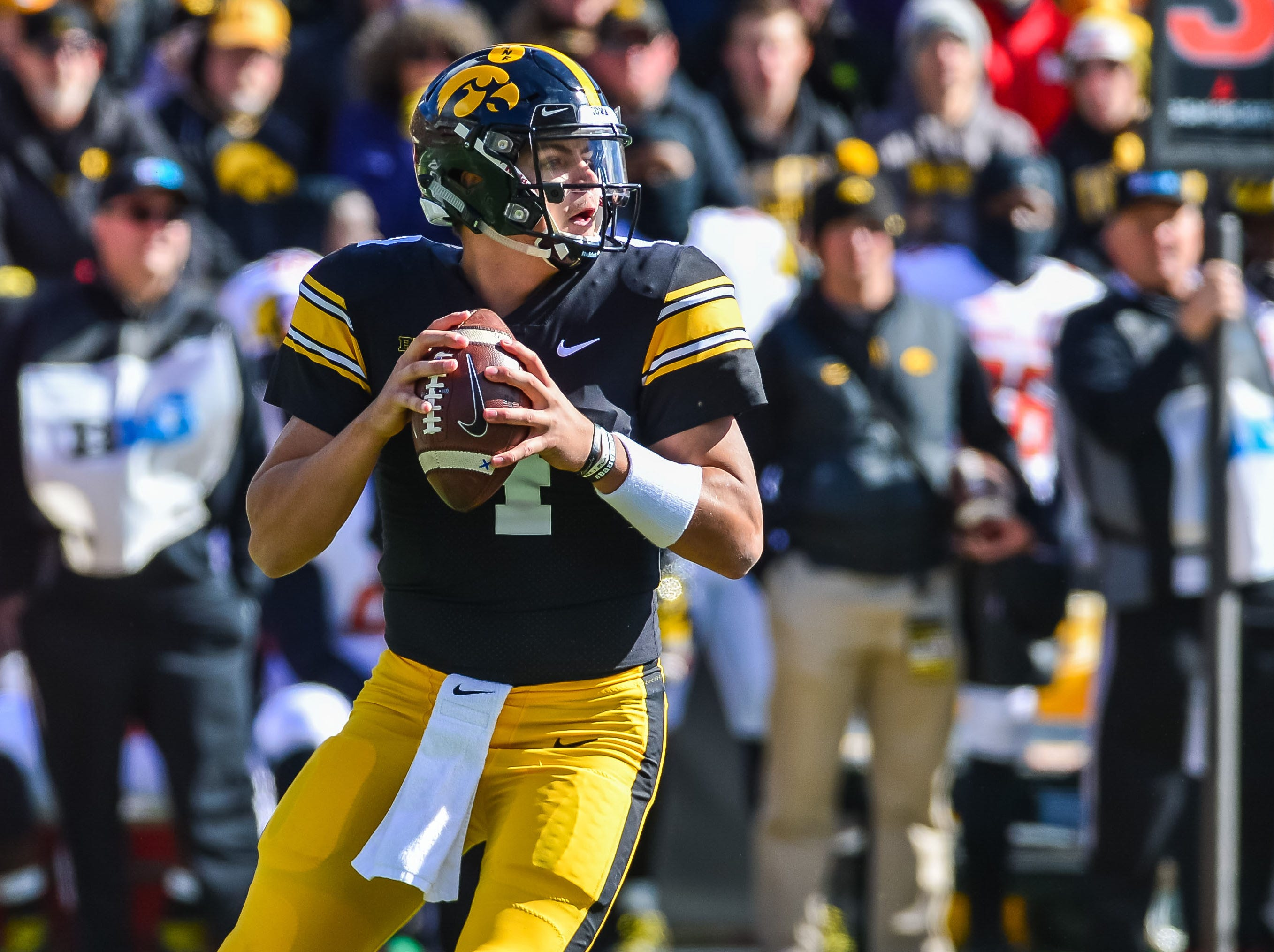 Hawkeyes quarterback Nate Stanley looks to pass during the third quarter on Oct. 20, 2018, against the Maryland Terrapins at Kinnick Stadium.