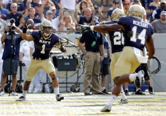 Alohi Gilman, (1), transferred to the Fighting Irish from Navy – Saturday's opponent.