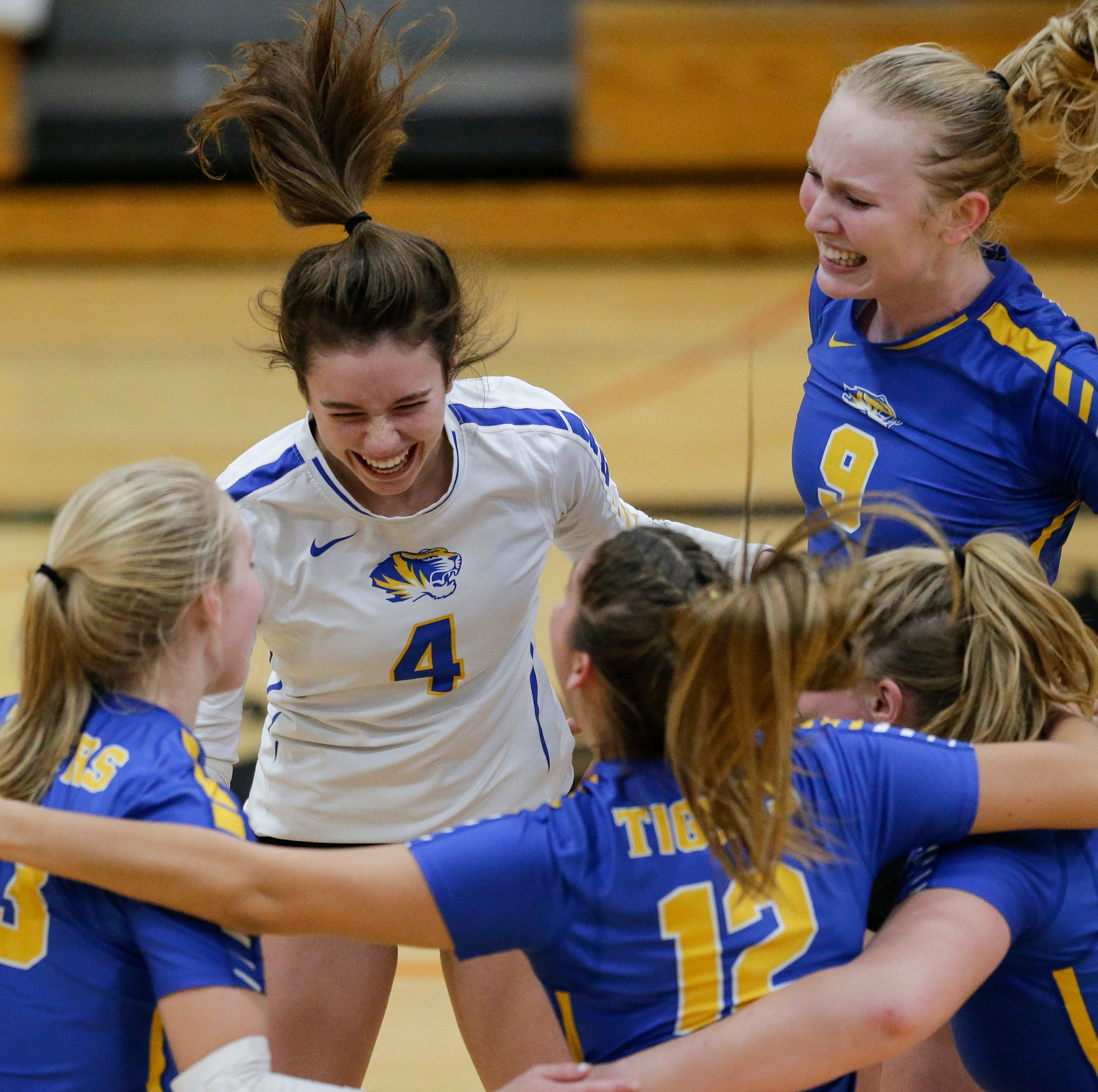 WIAA volleyball: Youthful Howards Grove sweeps Lourdes Academy in sectional semi