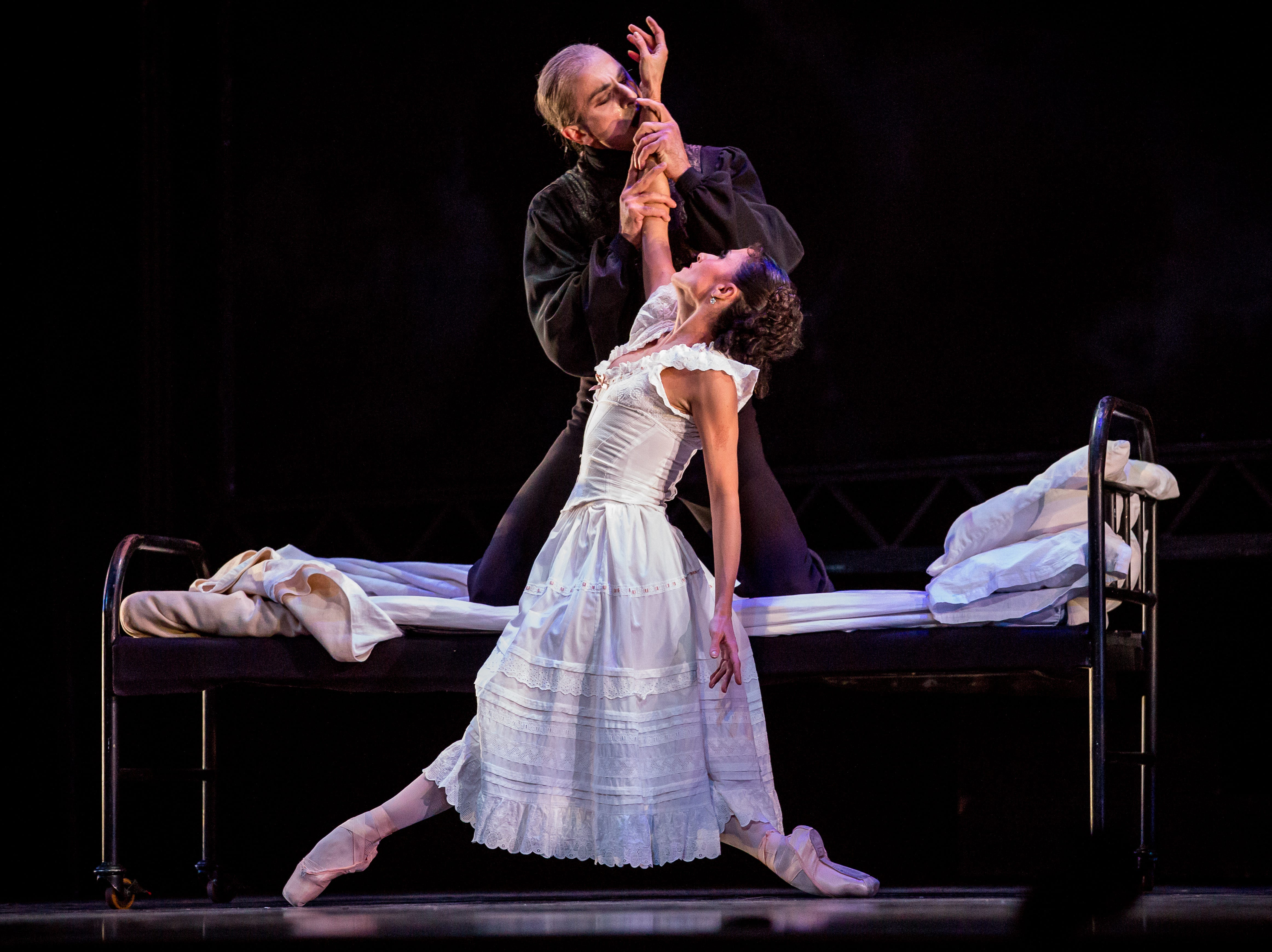 "Davit Hovhannisyan and Luz San Miguel share a moment in Milwaukee Ballet's ""Dracula."""