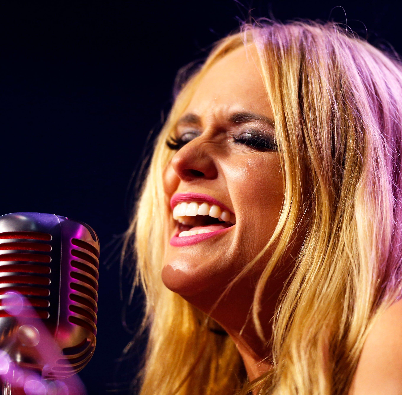 911 calls detail dispute involving Miranda Lambert at Nashville Stoney River steakhouse