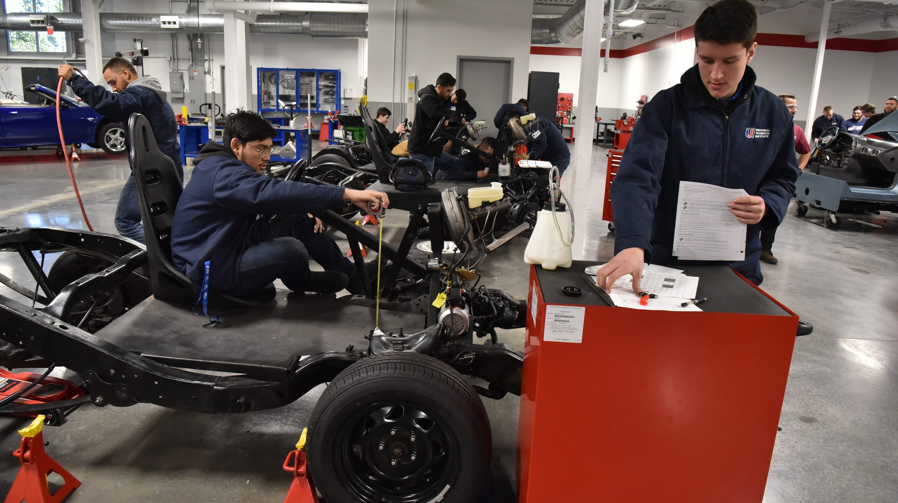 New Jersey Needs 23800 Auto Mechanics Trained In Next Seven Years