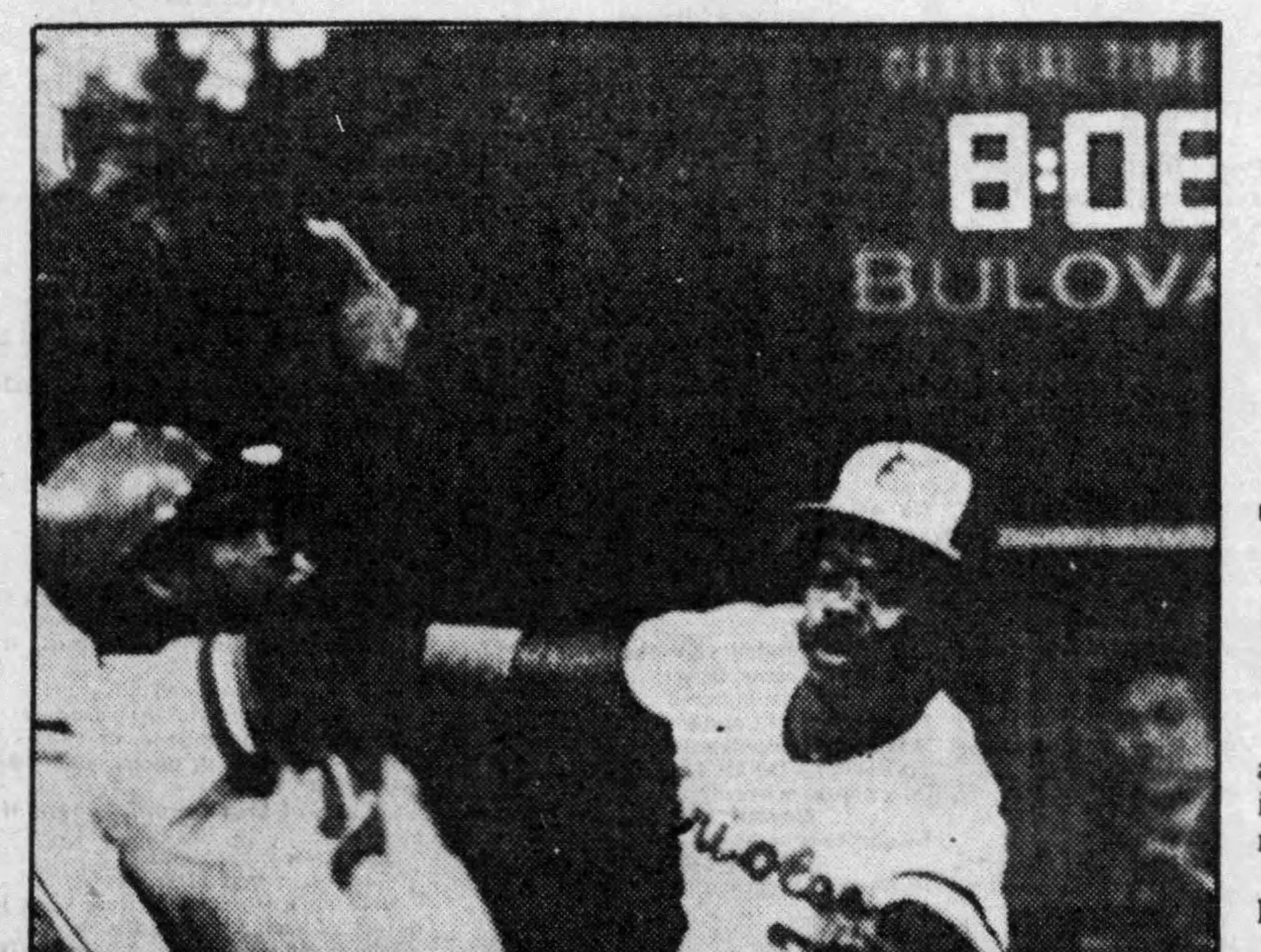 Baltimore Orioles first baseman Eddie Murray tags out Minnesota's Hosken Powell on May 6, 1984.