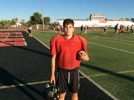 Gilbert Williams Field senior Zack Shepard at football practice (Oct. 24, 2018)