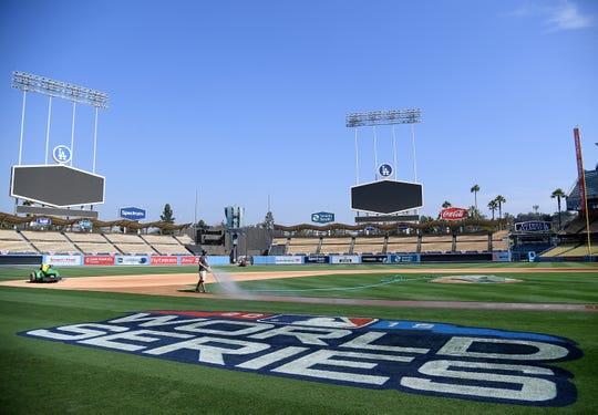 El Dodger Stadium se encuentra listo para recibir la Serie Mundial.