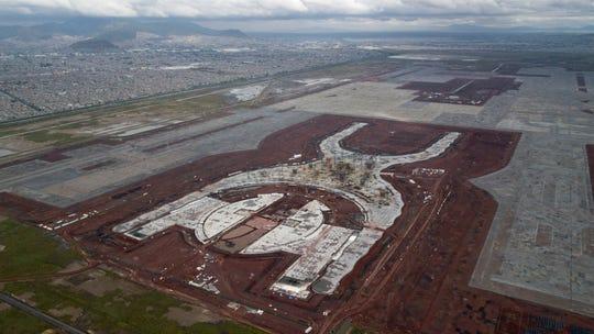 En este foto se observa el avance de la construcción del nuevo aeropuerto en México.