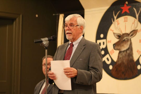 Steve Snell said there needs to be new blood in state politics during the Oct. 25 town hall. (Photo by Rebecca Klar)