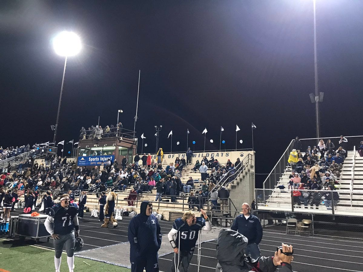 It's 43 degrees and drizzly as we near kickoff for Red Lion at Dallastown.