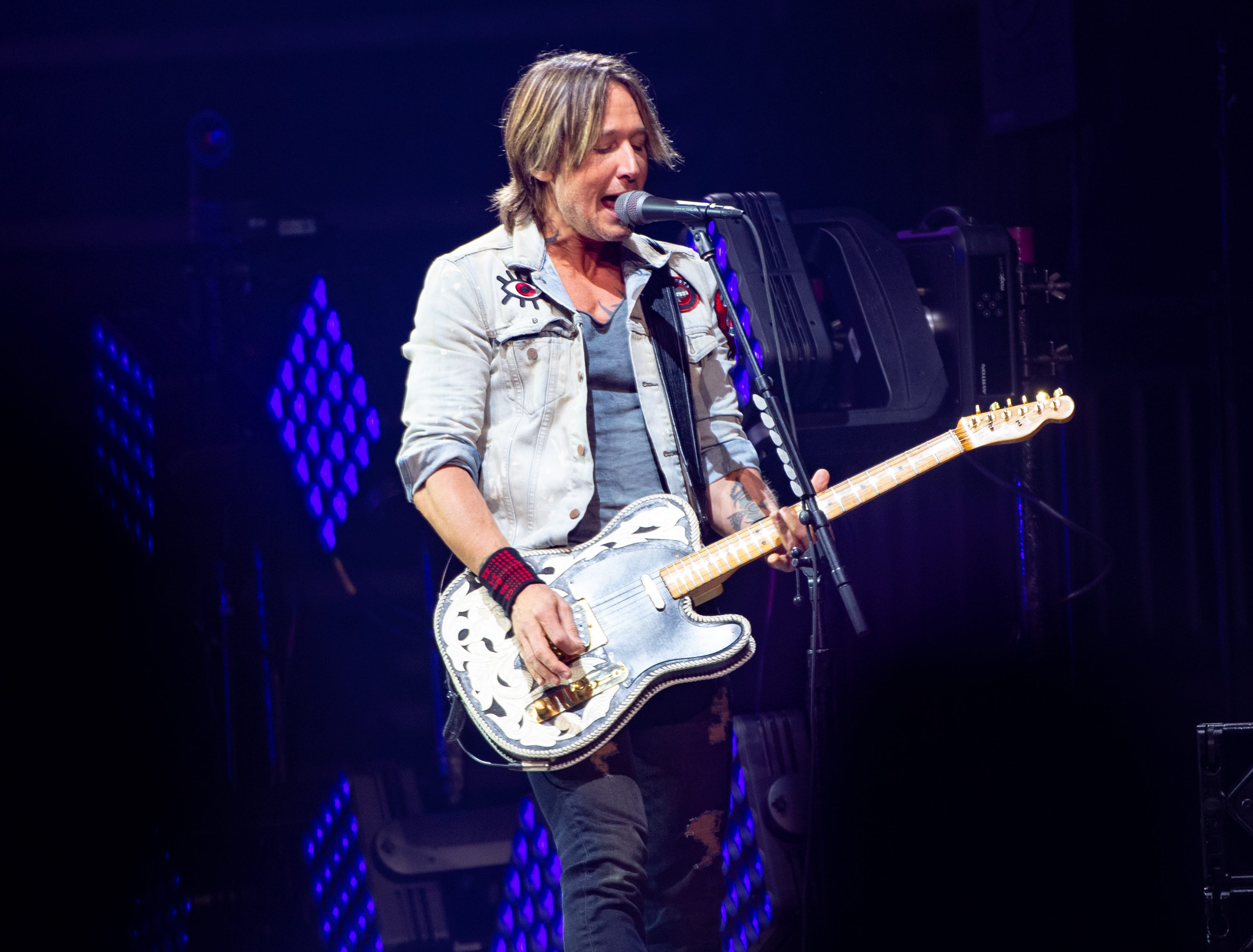 Keith Urban performs at the Giant Center in Hershey on Thursday night, October 25, 2018.