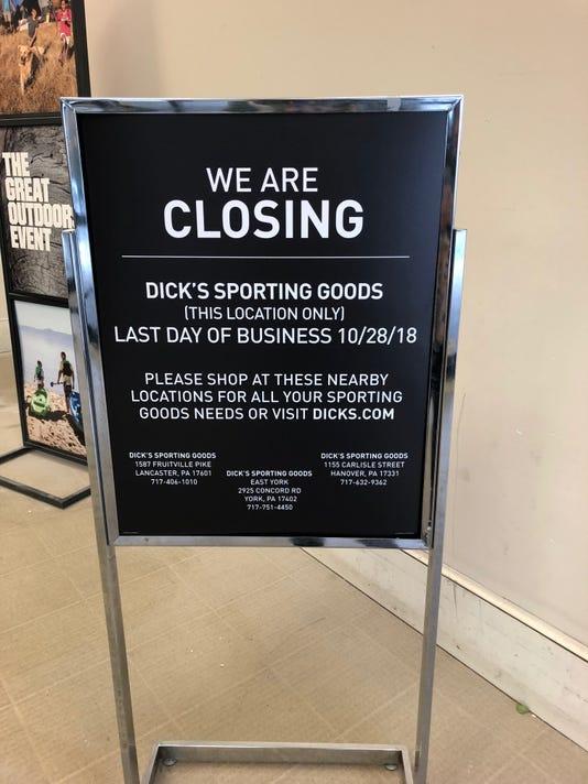 Dick's closing (2)