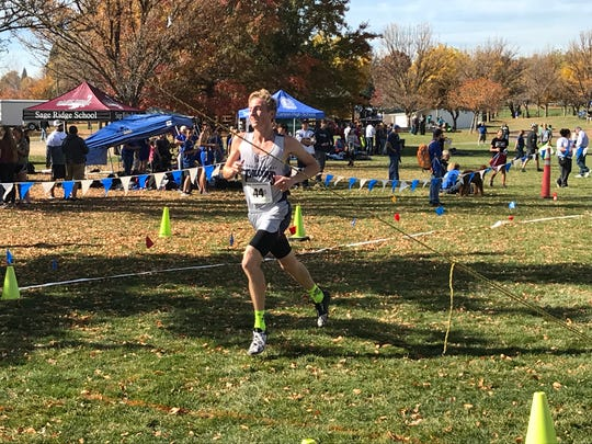 In the boys 2A/1A race, Sierra Lutheran senior Jared Marchegger captured his third straight Region title, winning in 17:10.