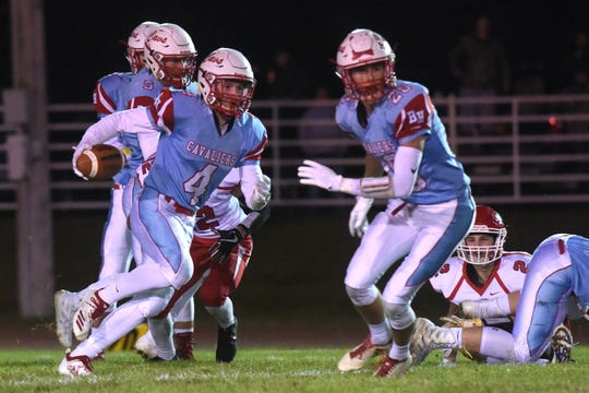 Bon Homme's Nate Scieszinski (4) runs the ball during a game against Gregory in Tyndall, S.D., Thursday, Oct. 25, 2018.
