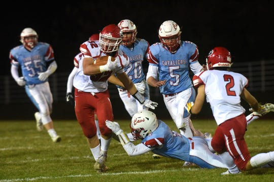 Gregory's JJ Beck (32) runs the ball during a game against Bon Homme in Tyndall, S.D., Thursday, Oct. 25, 2018.