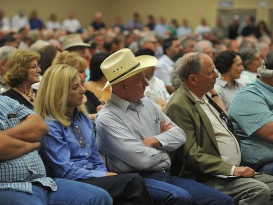 Water forum, hosted by Congressman Devin Nunes (R-Tulare) in 2016, drew big crowds and lots of criticism toward conservationists.