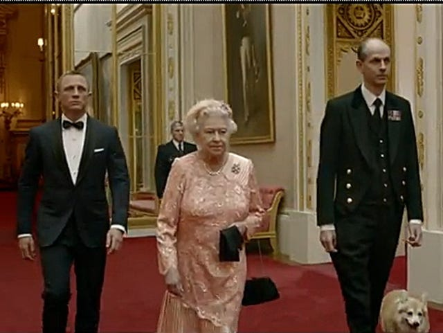 Queen Elizabeth II's last corgi dies ending link with iconic breed