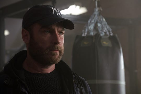 "Bostonian Ray Donovan's decision to wear a New York Yankees cap shows how out of it he is, says Liev Schreiber, who plays the ""Ray Donovan"" title character."