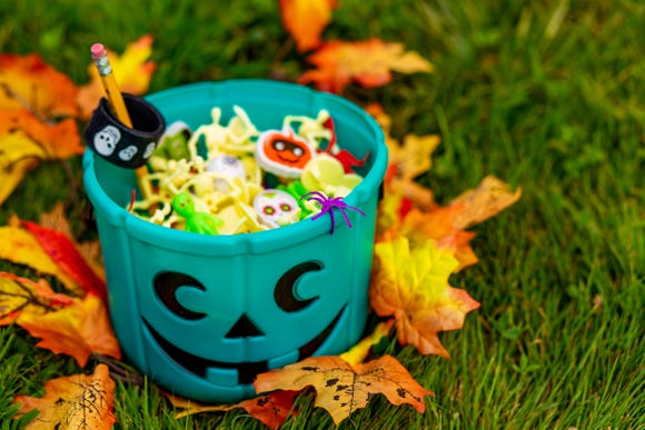 Handing out non-food treats this Halloween means kids with severe food allergies can trick-or-treat just like everyone else. Teal pumpkins are a symbol of this movement.