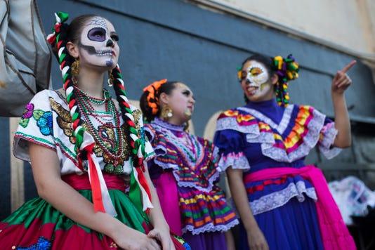 1010100101 Dia De Los Muertos Festival 08