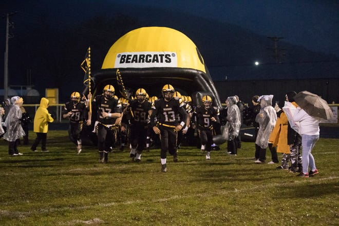 Paint Valley hosts eight-seeded Grandview Heights on Friday in the first round of the playoffs.