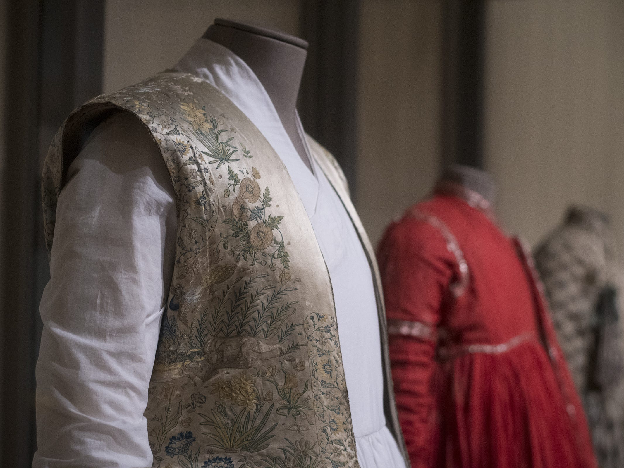 This riding coat from the early 1600s is a part of the new Fabrics of India exhibit at the Cincinnati Art Museum.