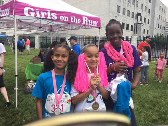 Wade Ray, a certified Women's Business Enterprise, has committed to a major scholarship donation for Girls on the Run of Central New Jersey (GOTRCNJ).