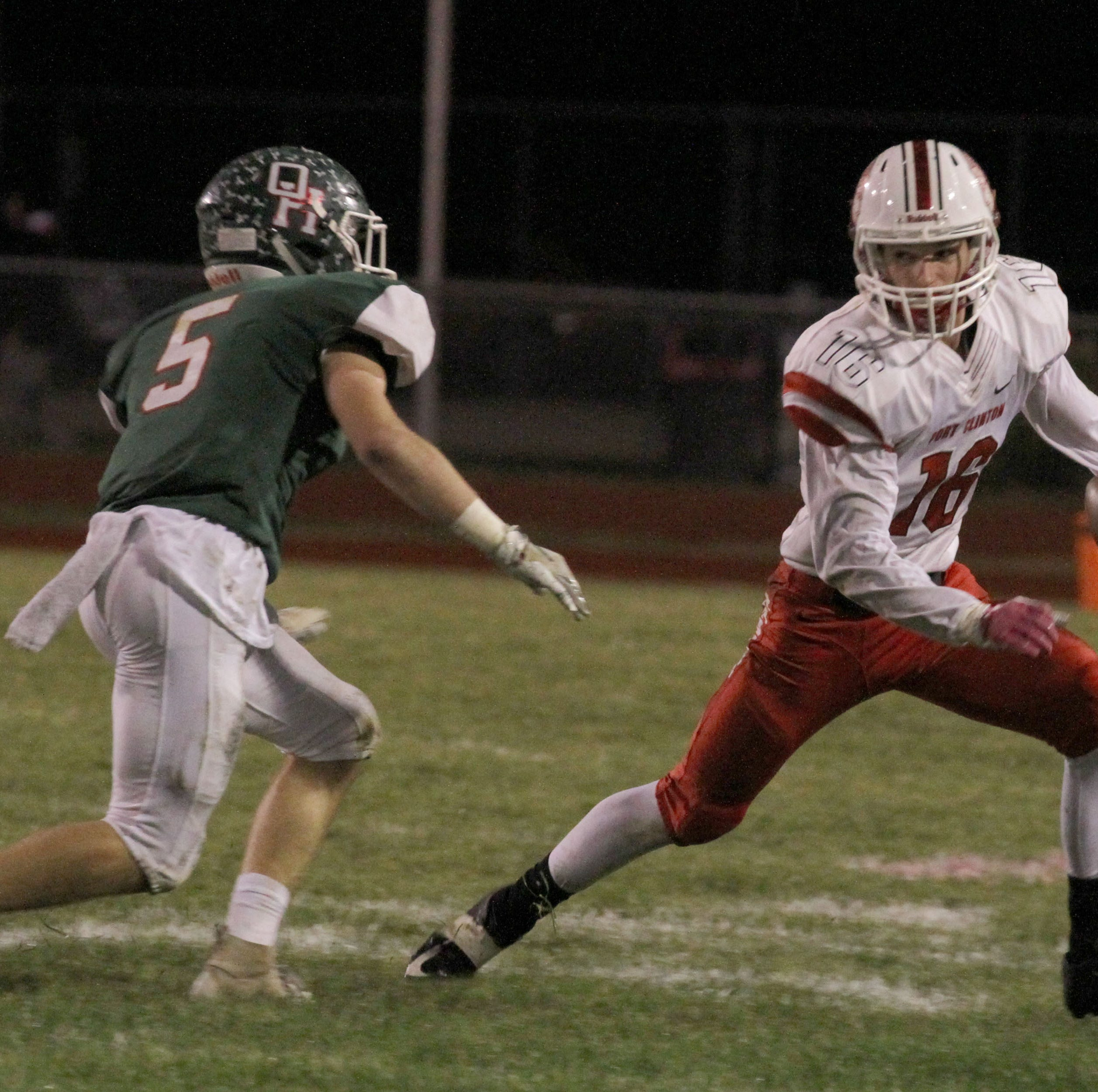 Oak Harbor's Schulte takes top honor on Messenger defense