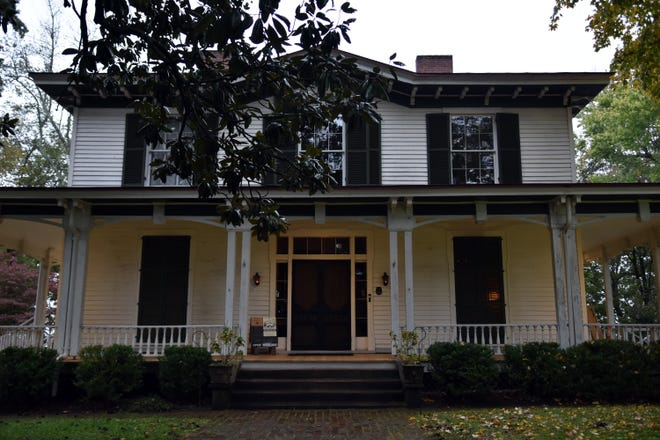 The Mabry-Hazen House, 1711 Dandridge Avenue.