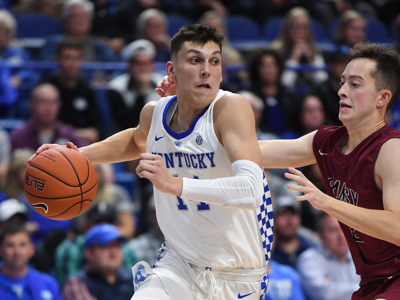Tyler Herro drives during the University of Kentucky basketball game against Transylvania at Rupp Arena in Lexington on Friday, October 26, 2018.