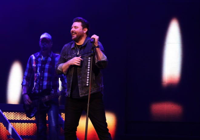 Country star Chris Young performs at Fiserv Forum Friday, Oct. 26, 2018.