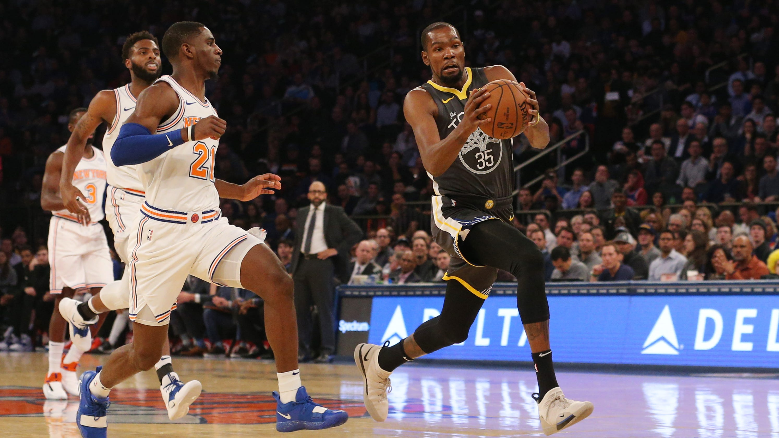 d63971952 Kevin Durant sinks Knicks with huge fourth quarter as Warriors rally for win