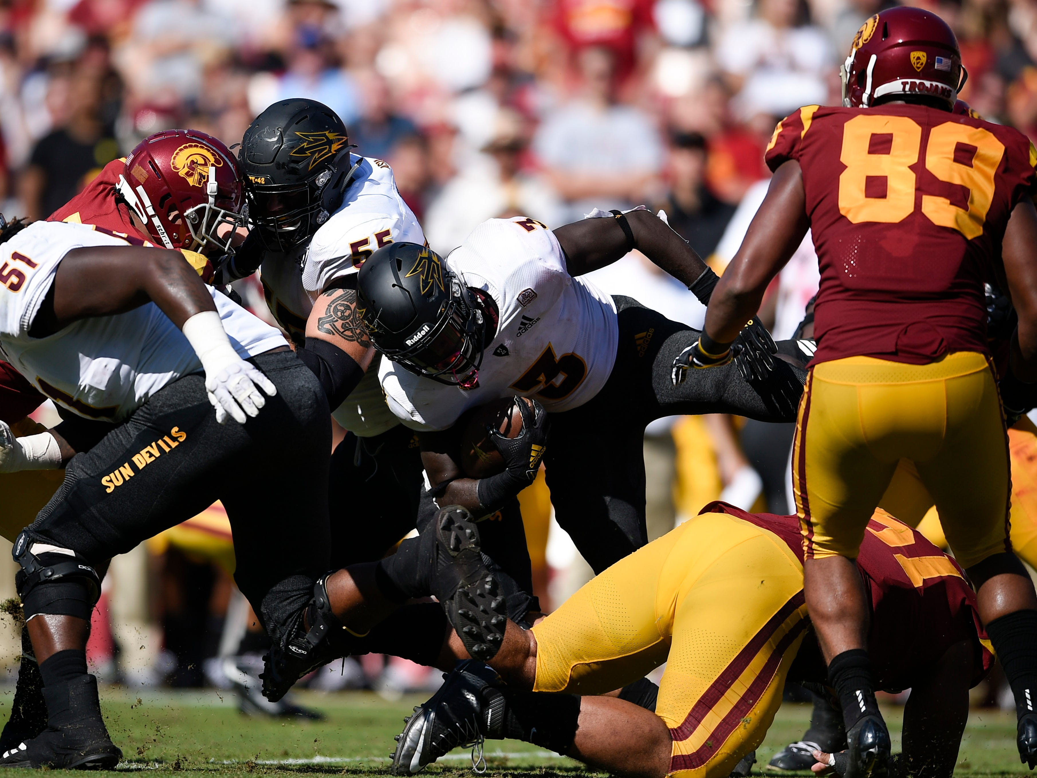 Oct 27, 2018; Los Angeles, CA, USA; Arizona State Sun Devils running back Eno Benjamin (3) runs the ball during the first half against the Southern California Trojans at Los Angeles Memorial Coliseum. Mandatory Credit: Kelvin Kuo-USA TODAY Sports