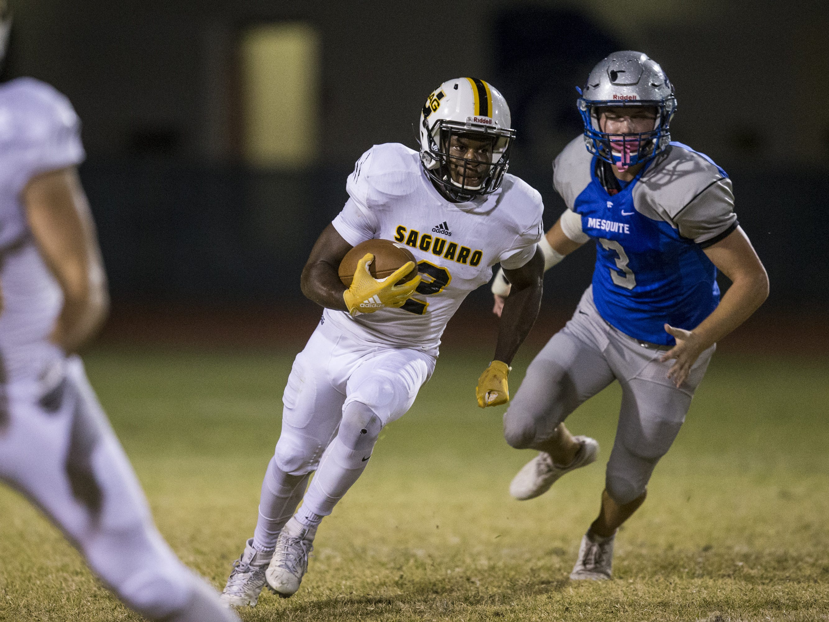 Saguaro's Marqui Johnson rushes against Mesquite in the first half on Friday, Oct. 26, 2018, at Mesquite High School in Gilbert, Ariz.  #azhsb