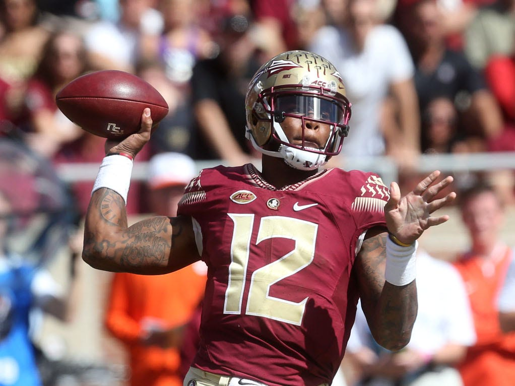 Florida State Seminoles quarterback Deondre Francois (12) passes the ball as the Florida State Seminoles take on the Clemson Tigers in college football at Doak S. Campbell Stadium on Saturday, Oct. 27, 2018.