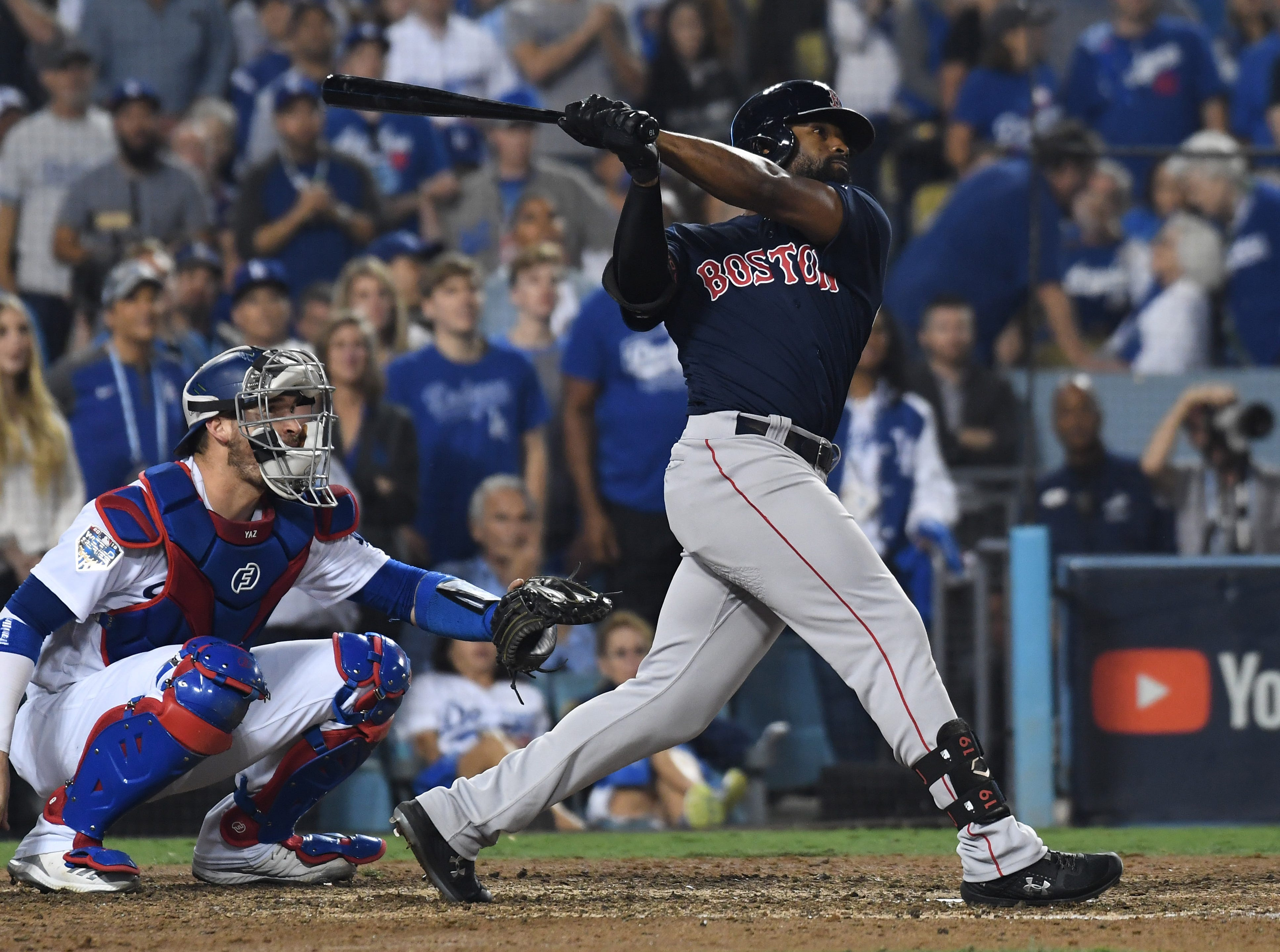 Game 3 at Dodger Stadium: Jackie Bradley Jr. hits a solo home run in the eighth inning.