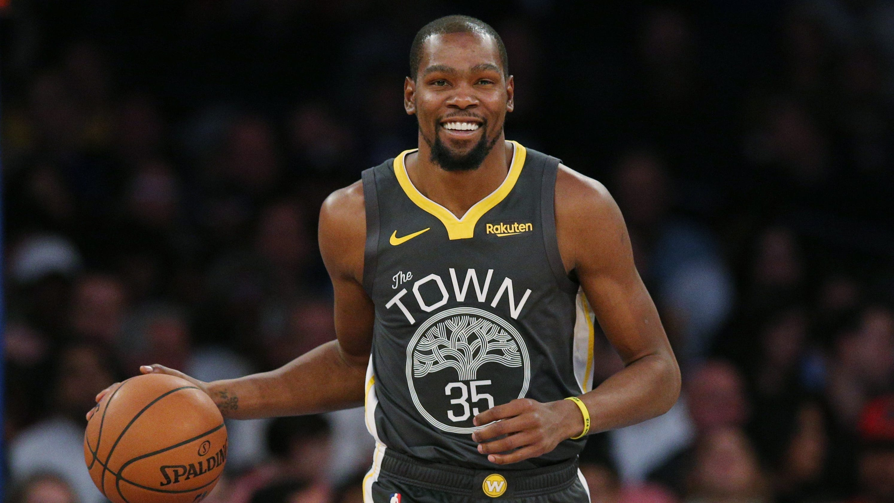 d0d1e14e9af Kevin Durant lights up MSG with 25-point fourth quarter as Warriors drub  Knicks