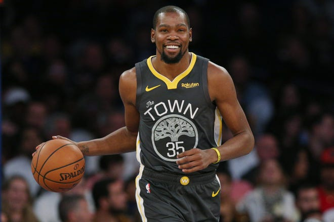 Kevin Durant poured in a season-high 41 points against the Knicks.