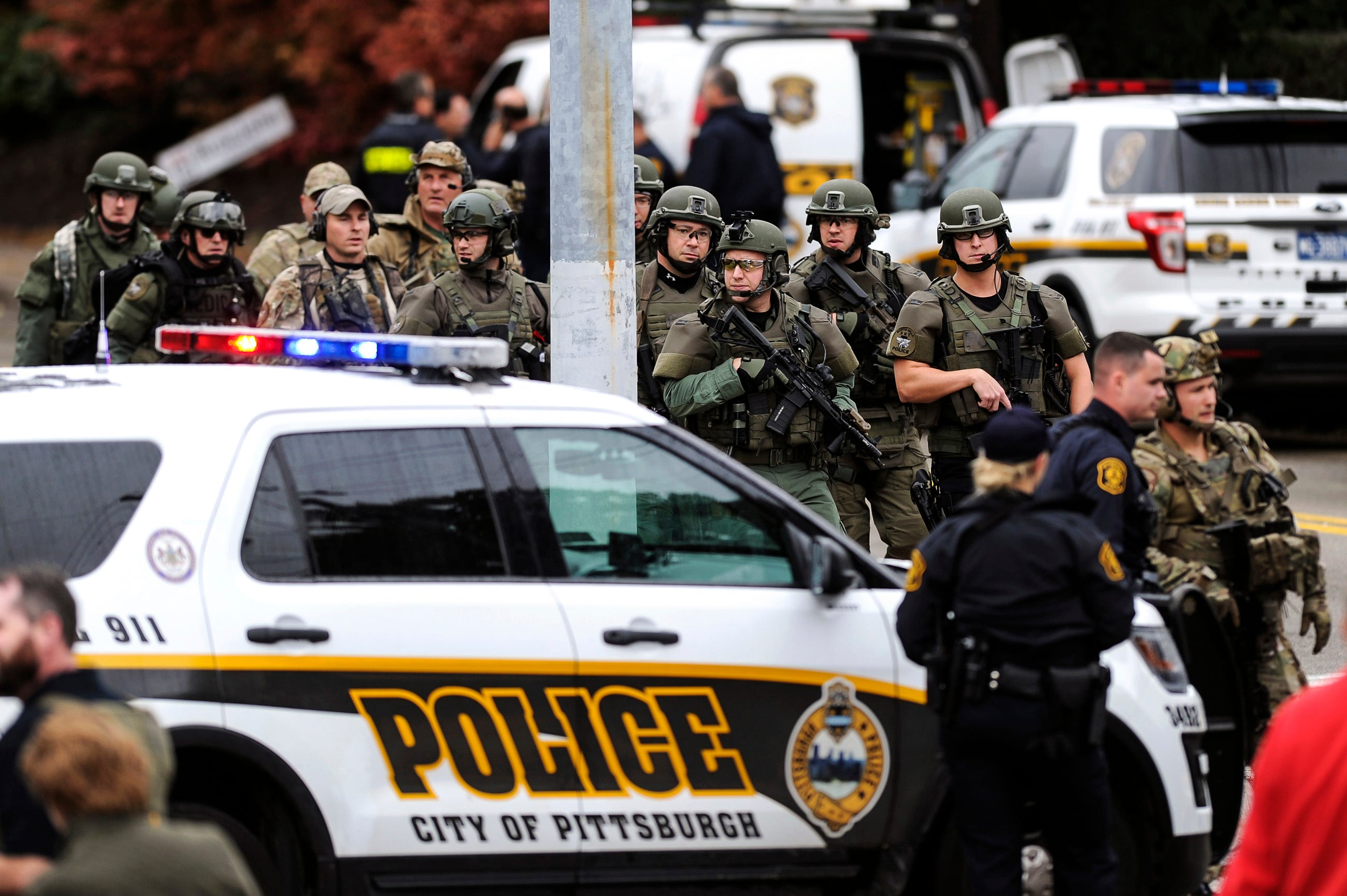 Listen to how Pittsburgh shooting unfolded on police scanner, ending in  Bowers' capture