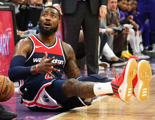 John Wall and the Wizards fell to 1-4 to start the season.