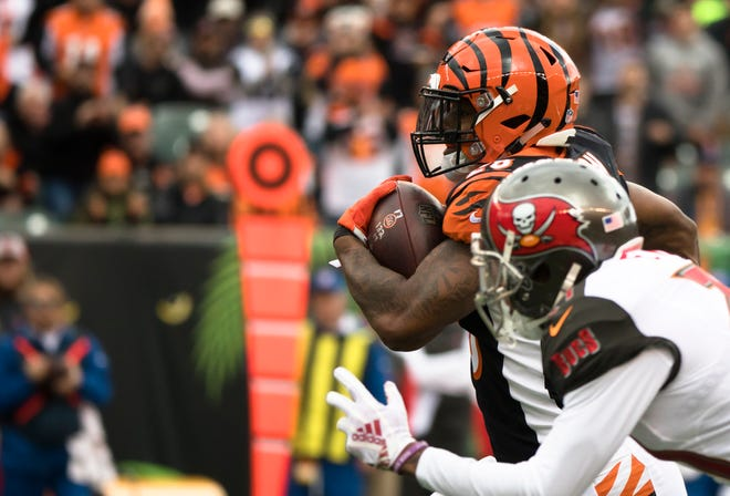 Cincinnati Bengals running back Joe Mixon (28) runs downfield during a Week 8 NFL game between the Cincinnati Bengals and the Tampa Bay Buccaneers, Sunday, Oct. 28, 2018, at Paul Brown Stadium in Cincinnati.