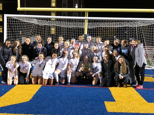 The Mount Notre Dame Cougars beat the Lakota East Thunderhawks 1-0 in the Southwest District 2 final.