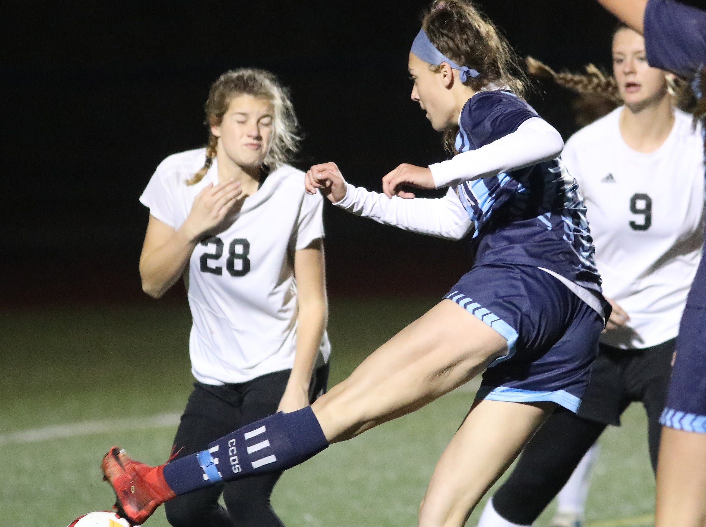 Cincinnati Country Day player Kate Brock (10) kicks the ball  during their tournament game against Preble Shawnee , Saturday, Oct. 27,2018.