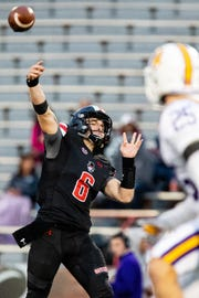 Austin Peay Governors quarterback Jeremiah Oatsvall (6) throws a touchdown pass during the second half at Fortera Stadium Saturday, Oct. 27, 2018, in Clarksville, Tenn.