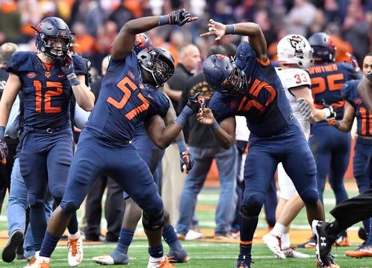 Ncaa Football North Carolina State At Syracuse
