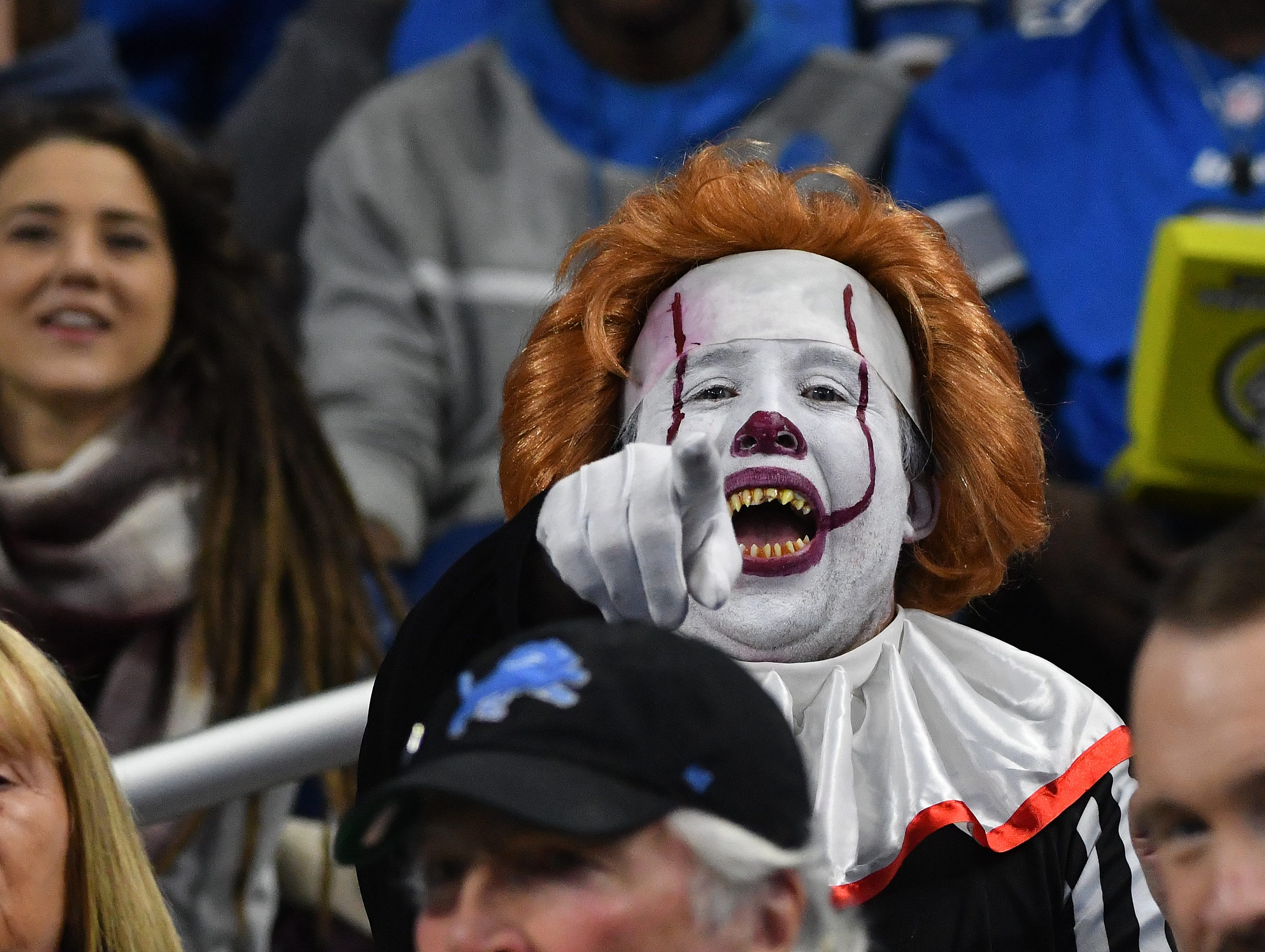 With next weeks Lions game in Minnesota, Detroit fans put their Halloween customers on a week early, which worked well during this scary Detroit loss to Seattle.