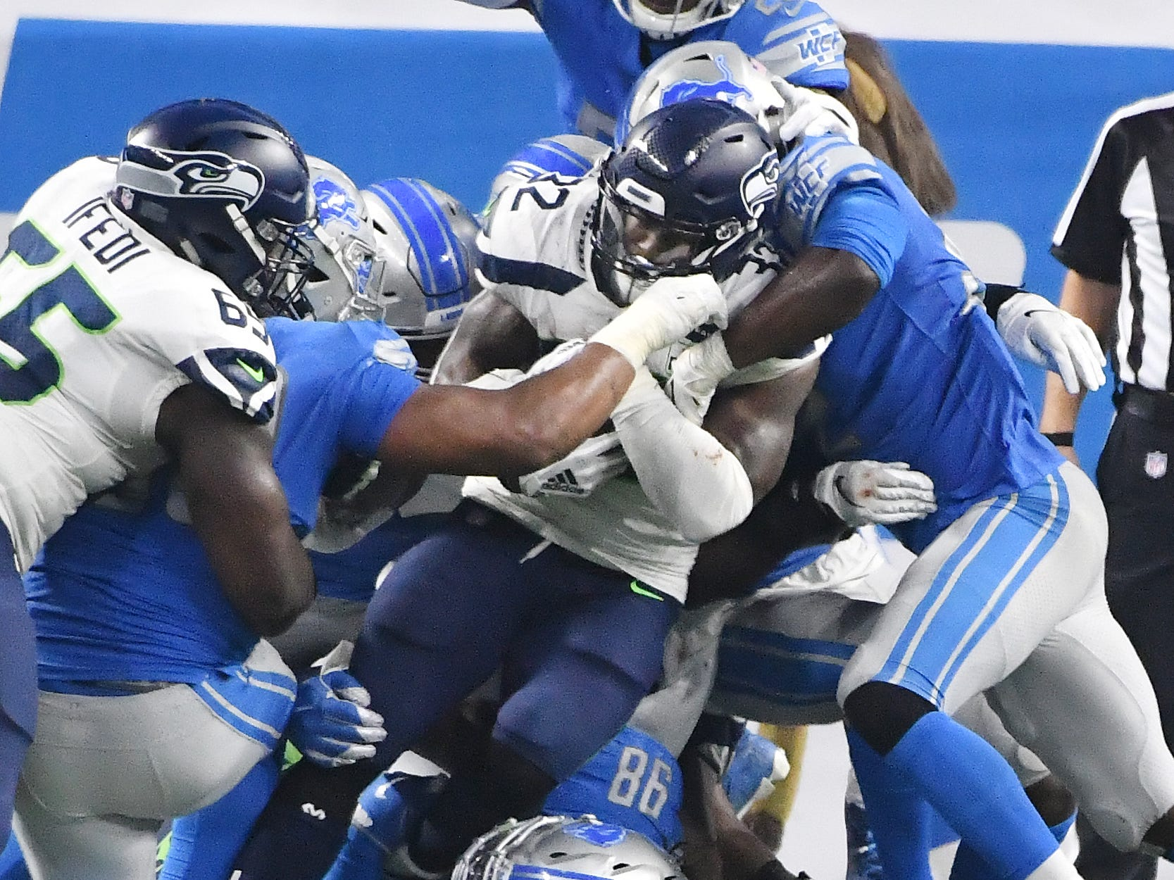 Third and one at the goal line, Detroit stops Seahawks' Chris Carson short of the touchdown in the third quarter.
