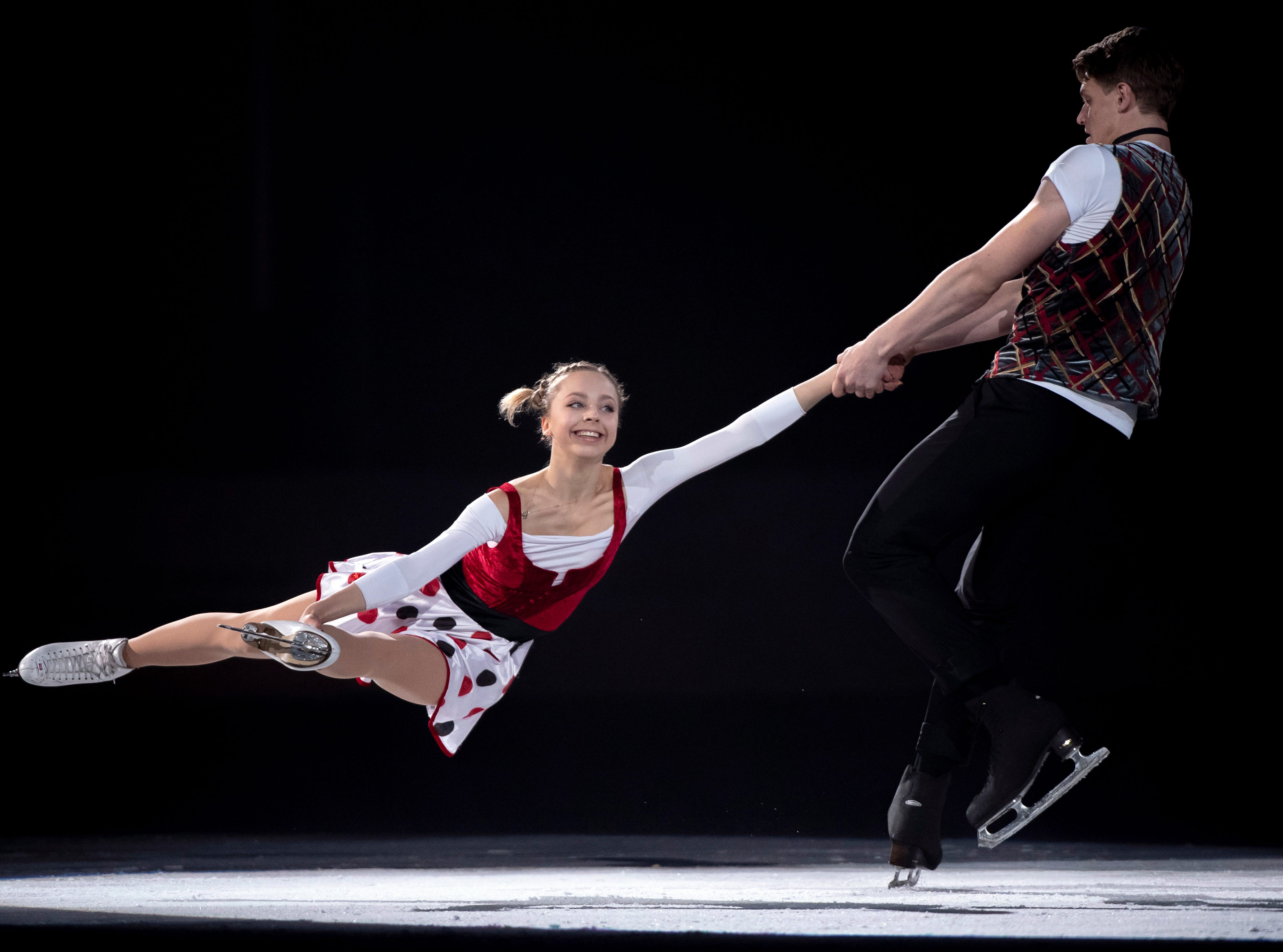Aleksandra Boikova and Dmitrii Koslovsjii of Russia perform in the closing gala at Skate Canada International in Laval, Quebec, Sunday, Oct. 28, 2018.